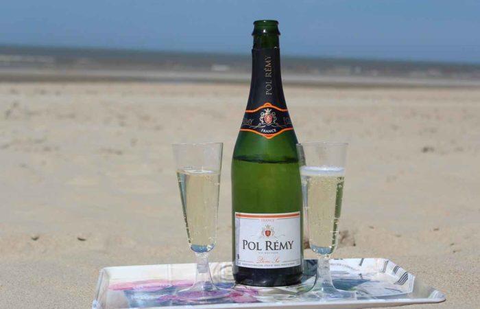Wie wäre es mit Champagner am Strand von Lubmin